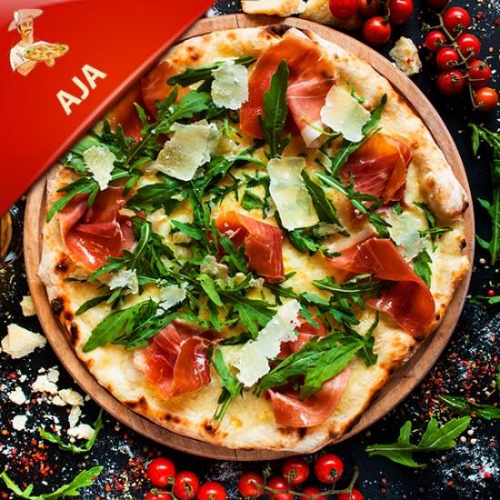Pizza AJA med tomat, mozzarella, kylling og kartoffel